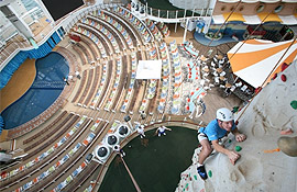 Oasis of the Seas - Free climbing