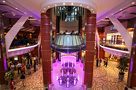 Oasis of the Seas - Promenade